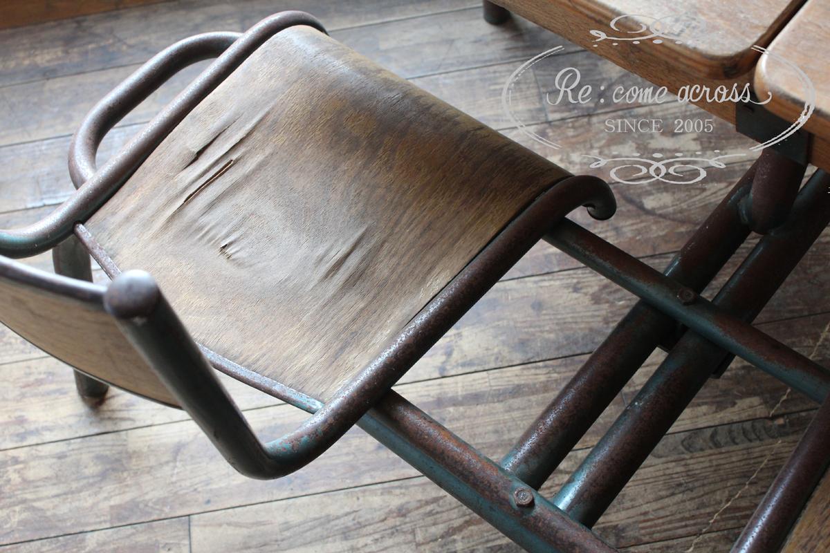 フランスの古い ツインスクールデスク&チェア 2人掛け 机