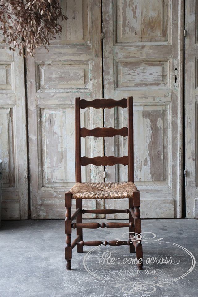 フランスの古い ストロー座面のキッチンチェア 椅子