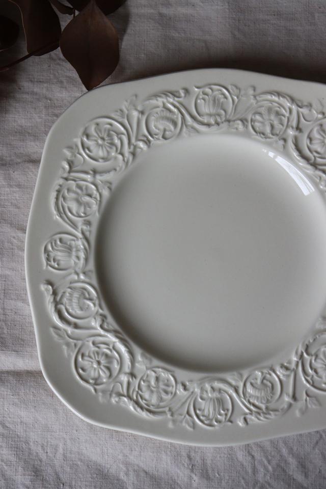 イギリスの古い WEDG WOOD パトリシアン スクエアプレート お皿