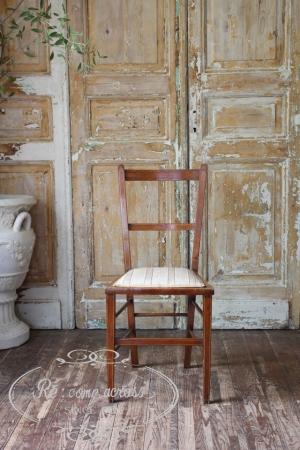 イギリスの古い 座面がファブリックの キッチンチェア 椅子