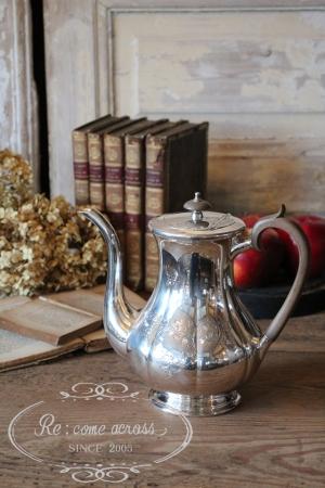 イギリスの古い クーパーブラザーズ シルバープレート コーヒーポット