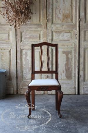 フランスの古い 座面がファブリックのダイニングチェア 椅子