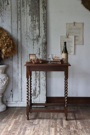 イギリスの古い サイドテーブル 花台