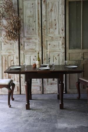 英国アンティーク 小振りなドローリーフテーブル 伸張式テーブル ダイニングテーブル