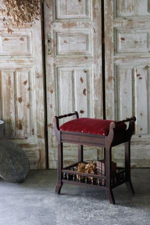 英国アンティーク 紅色のシート ピアノスツール 椅子