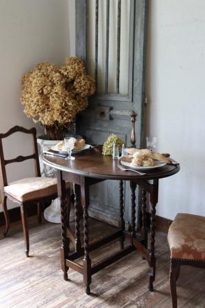 英国アンティーク 小振りなゲートレッグテーブル バタフライテーブル 食卓テーブル 机